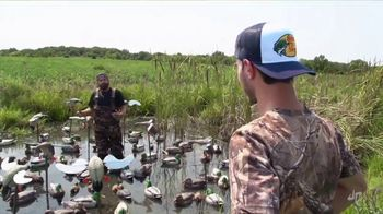 Bass Pro Shops Fall Hunting Classic TV Spot, 'Decoy Overload' - Thumbnail 5