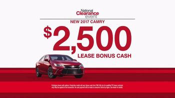Toyota National Clearance Event TV Spot, 'Great Deals: 2017 Camry' [T2] - Thumbnail 4