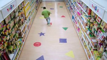 Toys R Us TV Spot, 'Set Play Free' Featuring Benjamin Flores, Jr. - Thumbnail 1