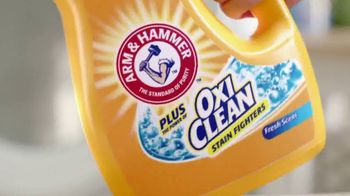 Arm and Hammer Plus OxiClean TV Spot, 'Life's Cycles: Kitchen Surprise' - Thumbnail 4