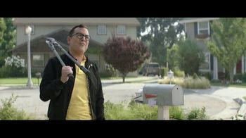 Sprint Unlimited TV Spot, 'The Whole Family: Five Lines' - Thumbnail 2