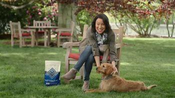 Blue Buffalo TV Spot, 'BLUE vs Pedigree' - Thumbnail 2