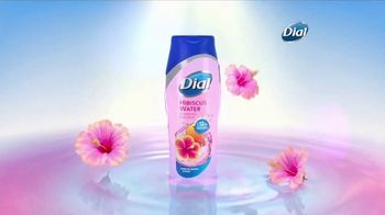 Dial Hibiscus Water Body Wash TV Spot, 'Beach Day' - Thumbnail 4