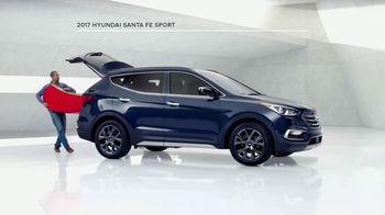 2017 Hyundai Santa Fe Sport TV Spot, 'Cargo Volume' [T2] - Thumbnail 3