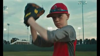 2017 Scotts Pitch, Hit & Run TV Spot, 'Youth Skills Competition' - Thumbnail 9