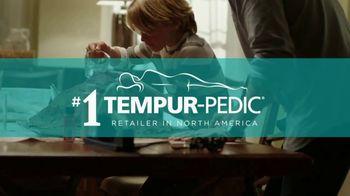 Ashley Furniture Homestore TV Spot, 'Turn Up the Wow' - Thumbnail 7