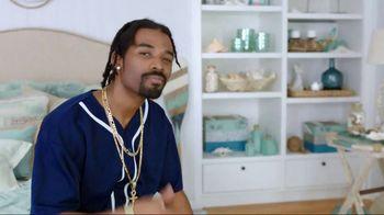 At Home TV Spot, 'Inner Decorator: Patio Cushions' - Thumbnail 7