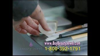 Beauty Jewel TV Spot, 'Stunning Coverage' - Thumbnail 8