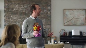 Edible Arrangements TV Spot, 'Brotherly Competition' - Thumbnail 4