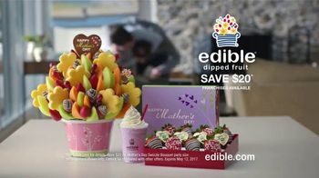 Edible Arrangements TV Spot, 'Brotherly Competition' - Thumbnail 8