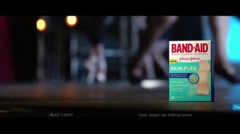 Band-Aid Skin-Flex TV Spot, 'Bailarina' [Spanish] - Thumbnail 8