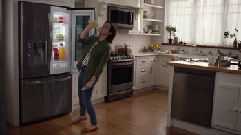 LG InstaView Door-in-Door Refrigerator TV Spot, 'Dad's Lemonade' - Thumbnail 5