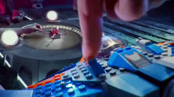 LEGO Marvel Super Heroes TV Spot, 'Save the Galaxy Again' - Thumbnail 5
