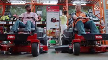 The Home Depot Toro Days TV Spot, 'The Yard's Holiday' - Thumbnail 5