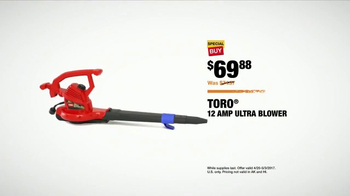 The Home Depot Toro Days TV Spot, 'The Yard's Holiday' - Thumbnail 6