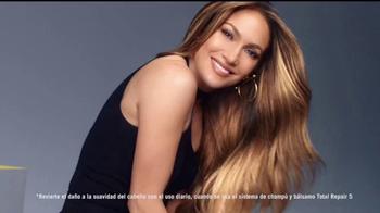 L'Oreal Paris Total Repair 5 TV Spot, 'Repara' con Jennifer Lopez [Spanish] - Thumbnail 6