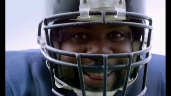 Castrol EDGE TV Spot, 'Words of Strength: Reading' Featuring Vince Wilfork - Thumbnail 2