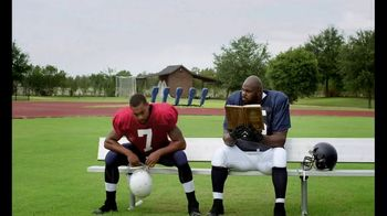Castrol EDGE TV Spot, 'Words of Strength: Reading' Featuring Vince Wilfork - Thumbnail 4