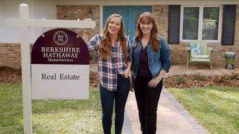 2017 Love Your Home Sweepstakes TV Spot, 'HGTV: At First Look'
