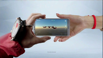 LG G6 TV Spot, 'Dynamic: Verizon Offer' Song by Etta James - Thumbnail 7