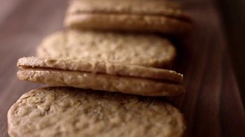 Nature Valley Almond Butter Biscuit Sandwiches TV Spot, 'Greatness' - Thumbnail 1