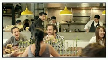 Silka TV Spot, 'Daniel el camarero' [Spanish]