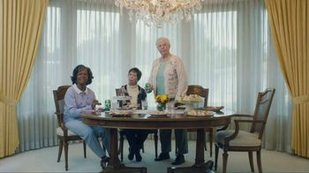 7UP TV Spot, \'Mix It Up a Little: Granny\'