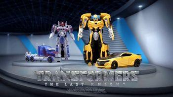 Transformers: The Last Knight Figure TV Spot, 'Night Armor Turbo Bumblebee' - Thumbnail 8