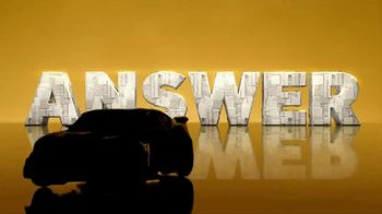 Transformers: The Last Knight Figure TV Spot, 'Night Armor Turbo Bumblebee' - Thumbnail 6