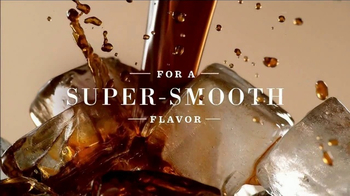 Starbucks Nariño 70 Cold Brew TV Spot, 'Sounds of Coffee' - Thumbnail 4