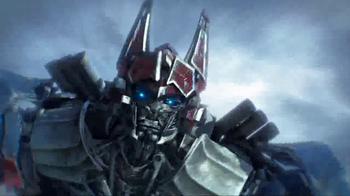 Transformers: The Last Knight Knight Armor Turbo Changers TV Spot, 'Power' - Thumbnail 6