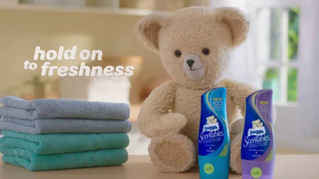 Snuggle Scentables TV Spot, 'Just-Washed Freshness' - Thumbnail 8