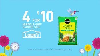 Lowe's Spring Savings TV Spot, 'Perennials & Garden Soil' - Thumbnail 5