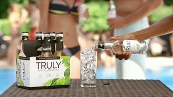 Truly Spiked & Sparkling Colima Lime TV Spot, 'Discover'