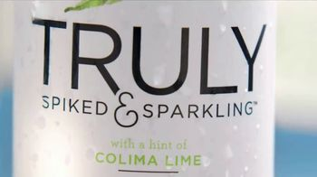 Truly Spiked & Sparkling Colima Lime TV Spot, 'Discover' - Thumbnail 8