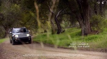 Jeep Spring Sales Event TV Spot, 'Far From Home: 2017 Jeep Grand Cherokee' [T2] - Thumbnail 4