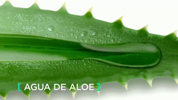 L'Oreal Paris Hydra Genius TV Spot, 'Dale de beber' [Spanish] - Thumbnail 5
