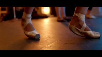 Band-Aid Skin-Flex TV Spot, 'Dancer' - Thumbnail 1