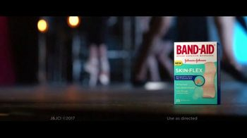 Band-Aid Skin-Flex TV Spot, 'Dancer' - Thumbnail 9