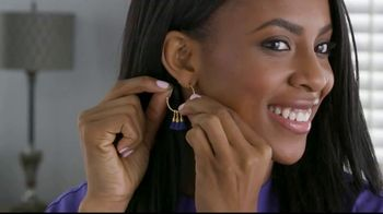 Clever Catch TV Spot, 'Lock Earrings in Place' - Thumbnail 2