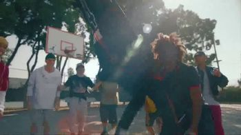 Foot Locker TV Spot, 'House of Hoops: Come Get It' Song by Brockhampton - Thumbnail 7