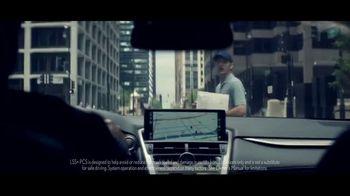 Lexus Special Presidents' Day Offer TV Spot, 'Glass World: 2018 NX 300' [T2] - Thumbnail 3