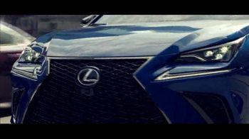 Lexus Special Presidents' Day Offer TV Spot, 'Glass World: 2018 NX 300' [T2] - Thumbnail 5
