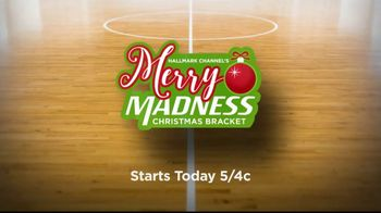 Hallmark Channel TV Spot, 'Merry Madness Christmas Bracket' - Thumbnail 9