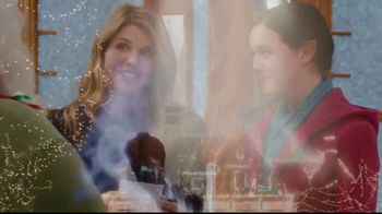 Hallmark Channel TV Spot, 'Merry Madness Christmas Bracket' - Thumbnail 8