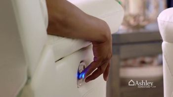 Ashley HomeStore Spring Into Style Sale TV Spot, 'Refresh Your Home' - Thumbnail 6
