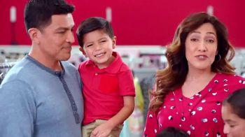 Burlington TV Spot, 'La familia Suarez celebra Pascua' [Spanish] - Thumbnail 3