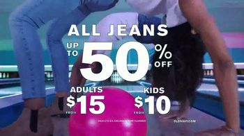 Old Navy TV Spot, '#SayHi to Denim For the Whole Fam' Song by Men$a - Thumbnail 9