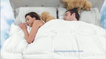 The Company Store LaCrosse Comforters TV Spot, 'Best Friend' - Thumbnail 5