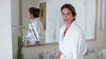 Meaningful Beauty Ultra TV Spot, 'Busy Schedule' Featuring Cindy Crawford